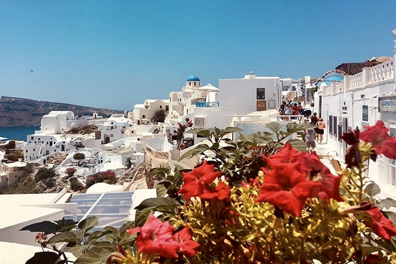 Santorini Greece | Travel Guide